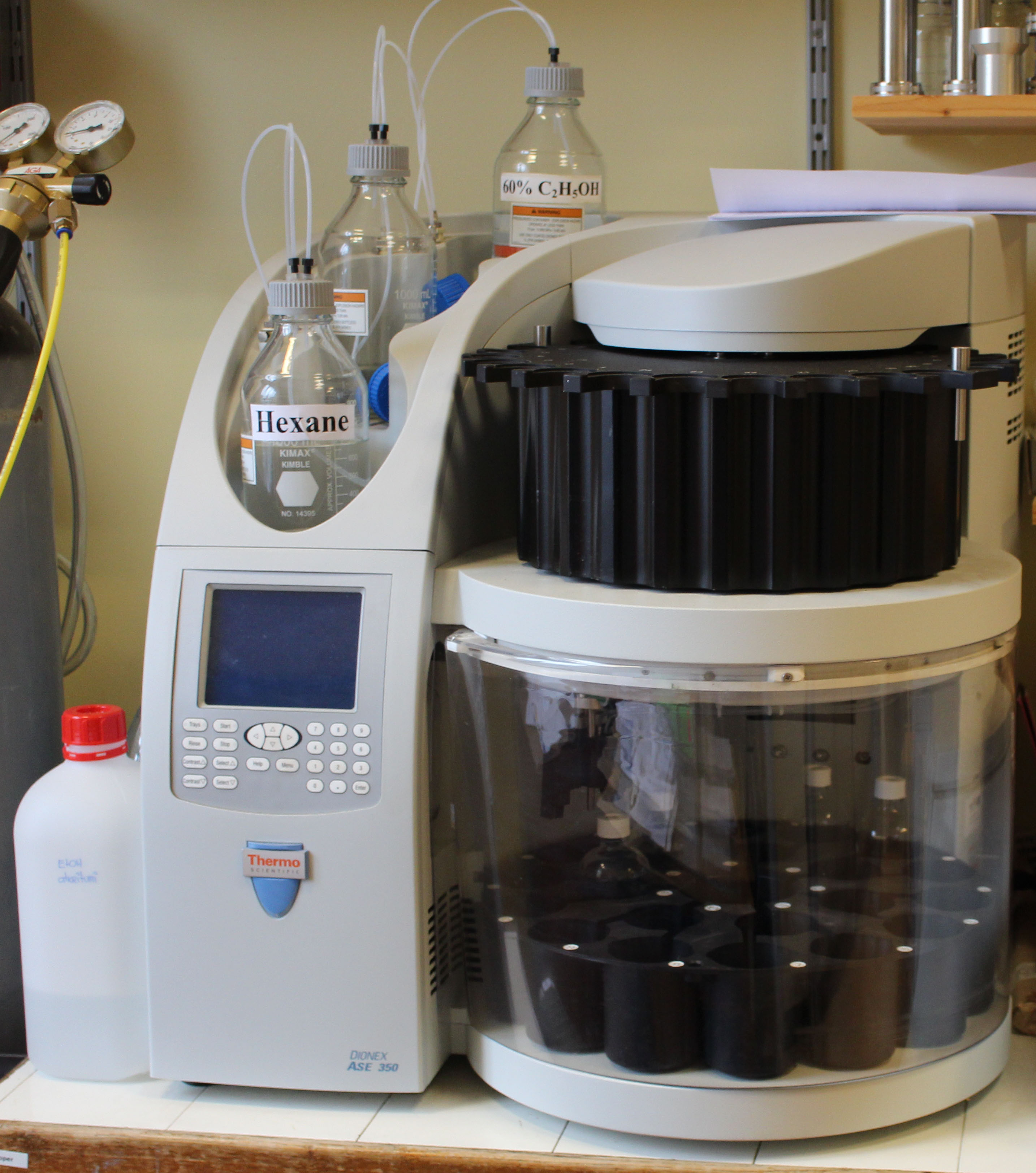 Accelerated Solvent Extractor