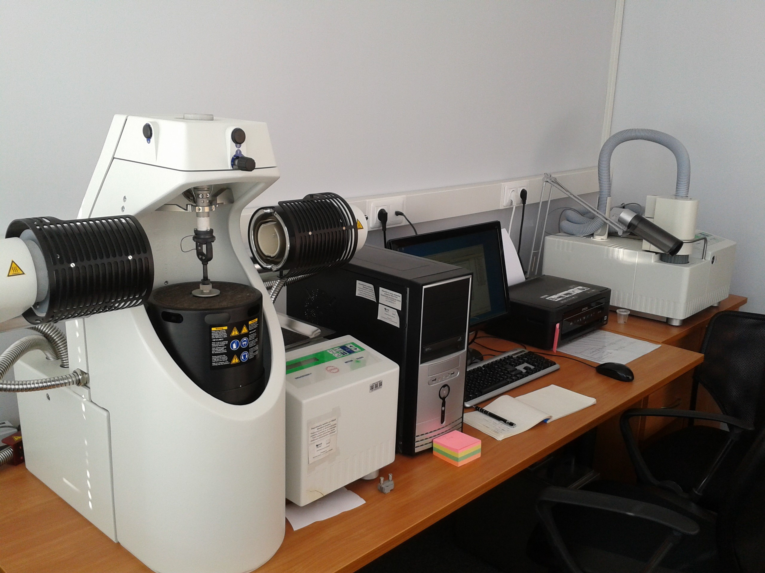 Dynamic mechanical and thermo mechanical analyzers DMA/SDTA
