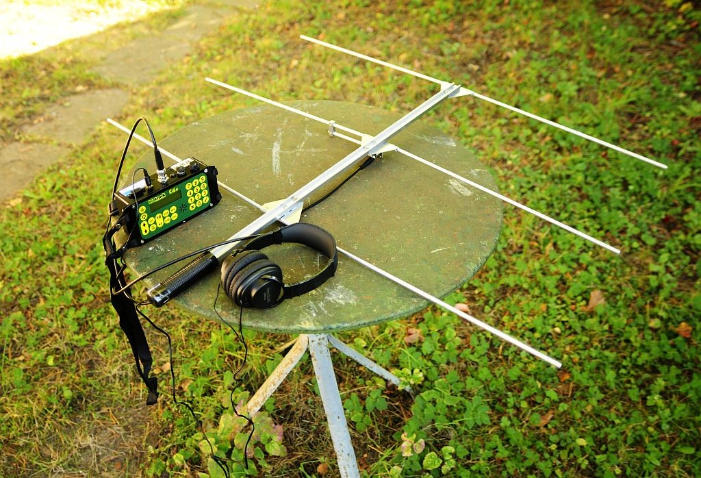 Wildlife radio-telemetry equipment