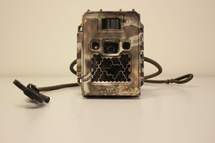 Automatic weatherproof camera