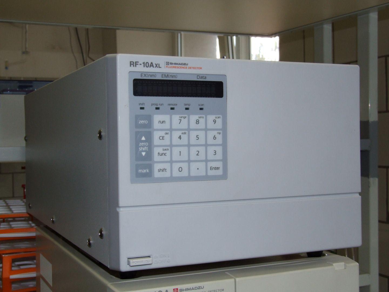 Fluorometric detector for HPLC