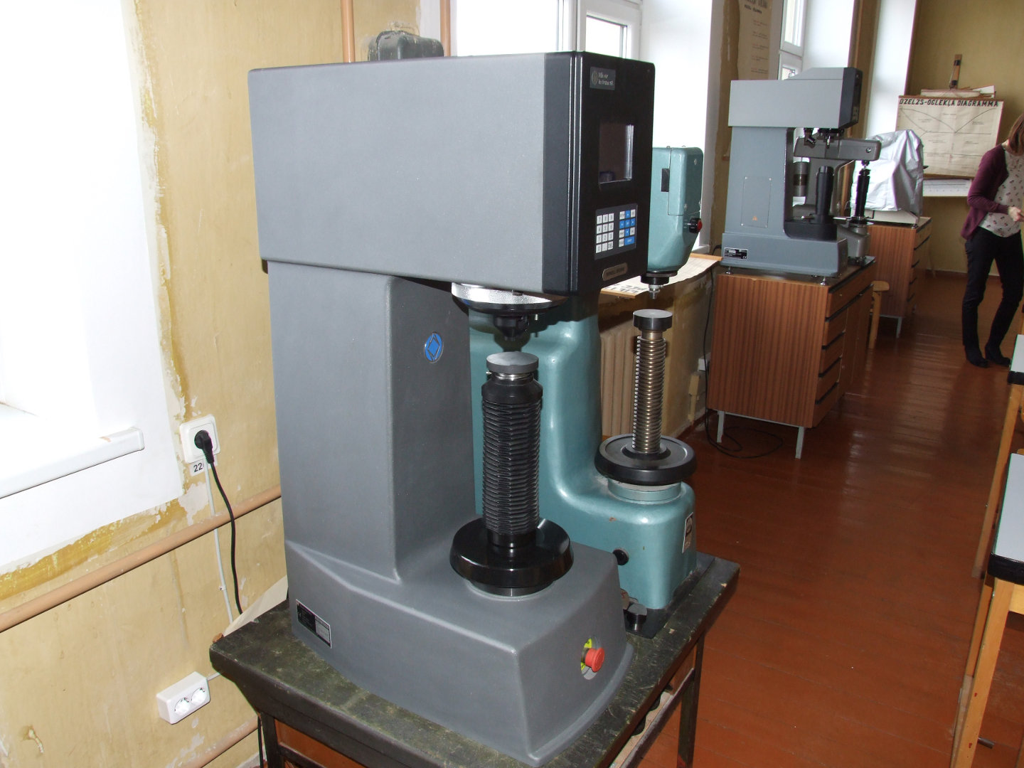 BRINELL BH3000 Hardness Tester