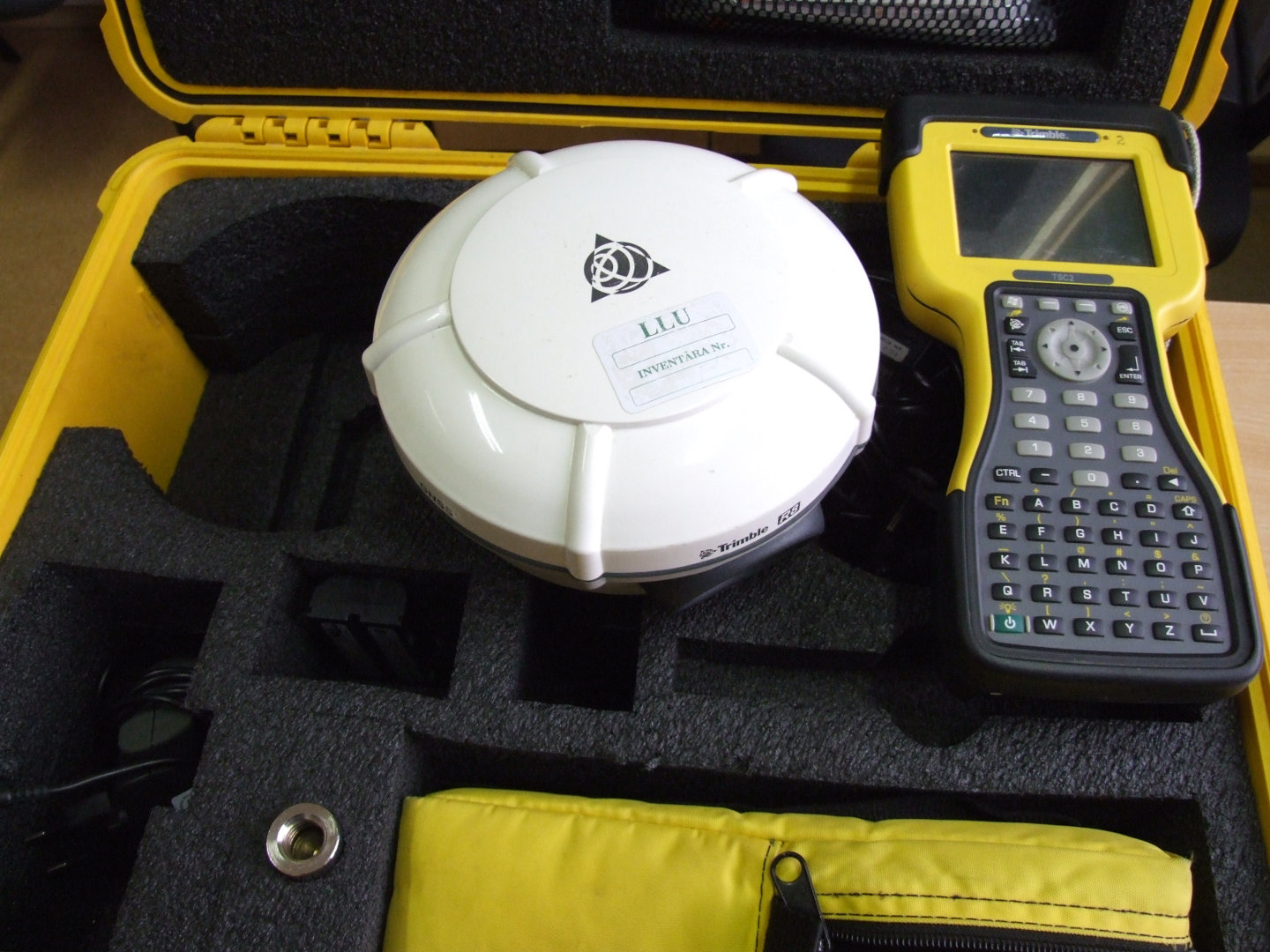 GNSS receiver Trimble R8