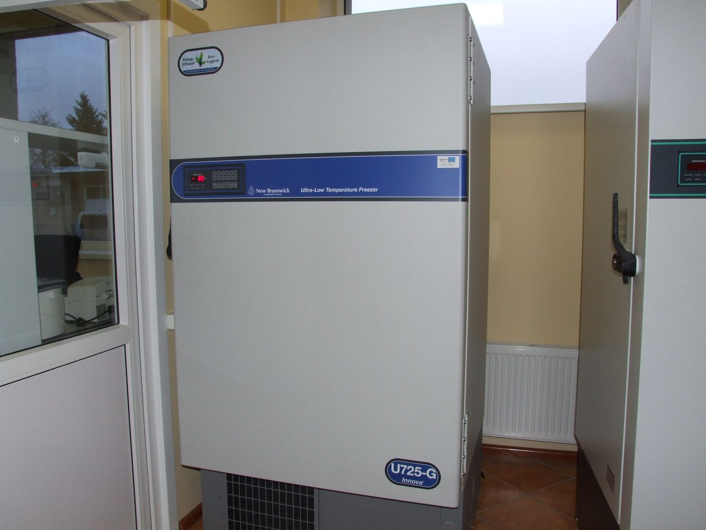 The hydrocarbon U725-G ultra-low temperature freezer