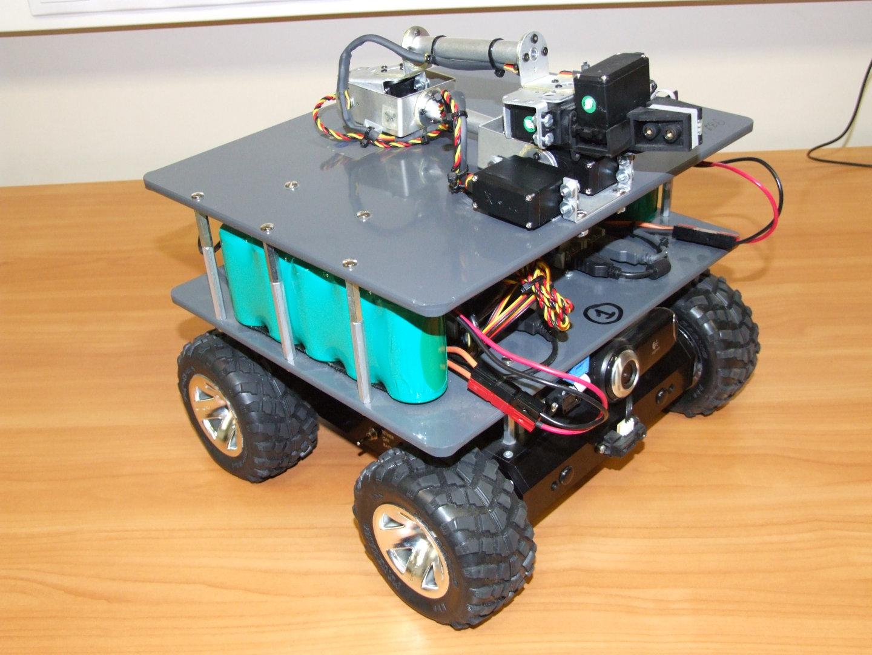 CoRobot platform with arm