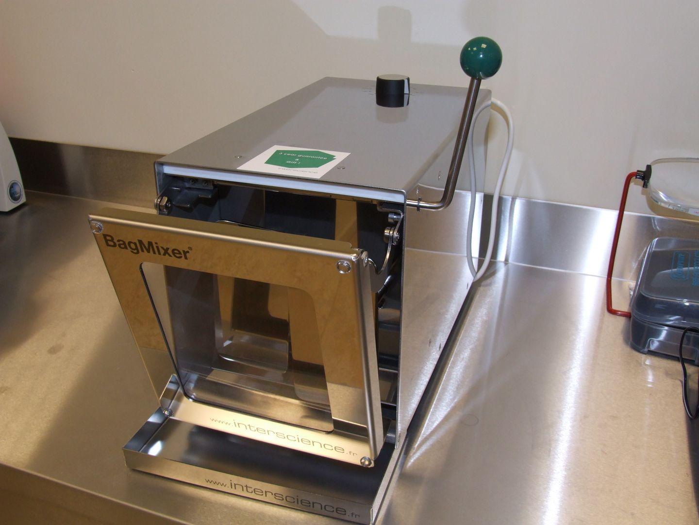 400 mL Lab blender