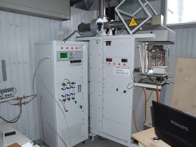 Dualconecalorimeter