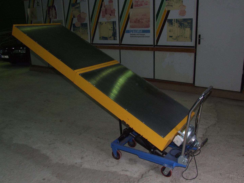 Air heating solar collector