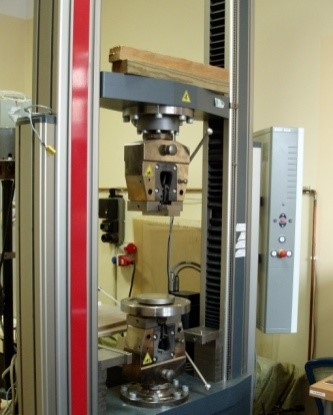 Static Materials Testing Machine